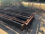 Round Cattle Pen w/8 heavy duty panels