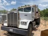 *Freightliner Dump Truck