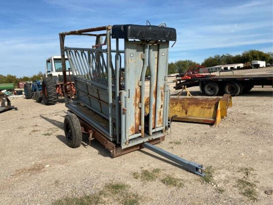 Portable WW Squeeze Chute w/Paul scales