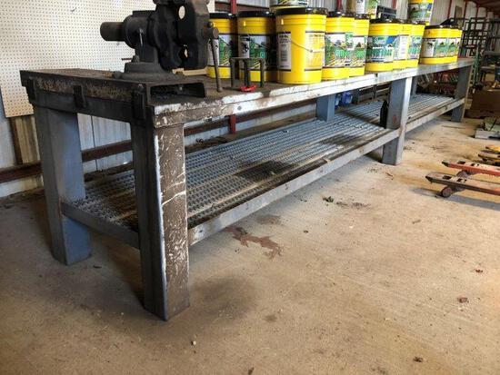 19' Metal Work Table w/Vise