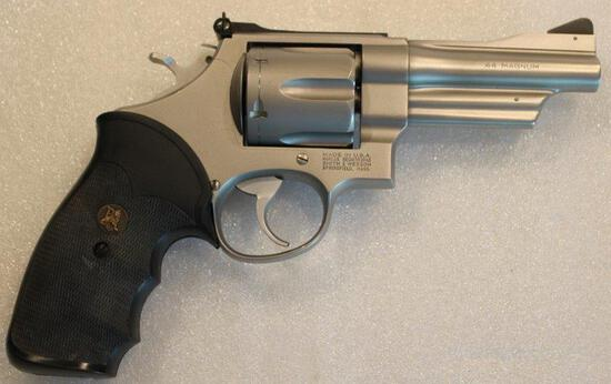 S & W, M629-2, 44 mag -BDY6899