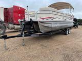 *2009 Sweetwater Pontoon Boat w/115 Yamaha Motor