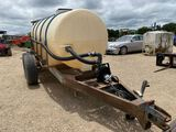 Bumper pull 1000 Gallon Poly Tank w/pump