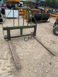 Armstrong Ag Quick Attach Pallet Forks