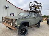 Chevrolet Silverado Suburban w/Hunting Deck 4x4