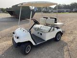Yamaha Golf Cart w/Battery Charger