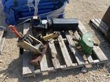 Pallet w/ Hydraulic Pump, John Deere Gearbox