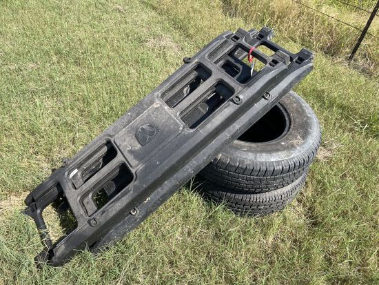 Truck Bed Tail Gates & 2pc Tires