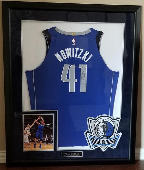 Dirk Nowitzki Signed & Framed Mavericks Jersey