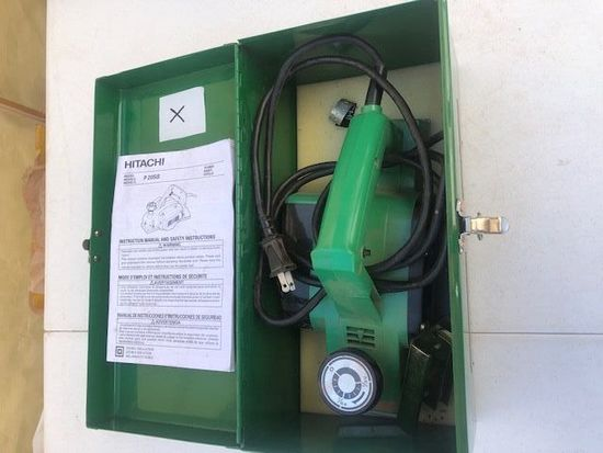 Hitachi Heavy Duty Electric Planer