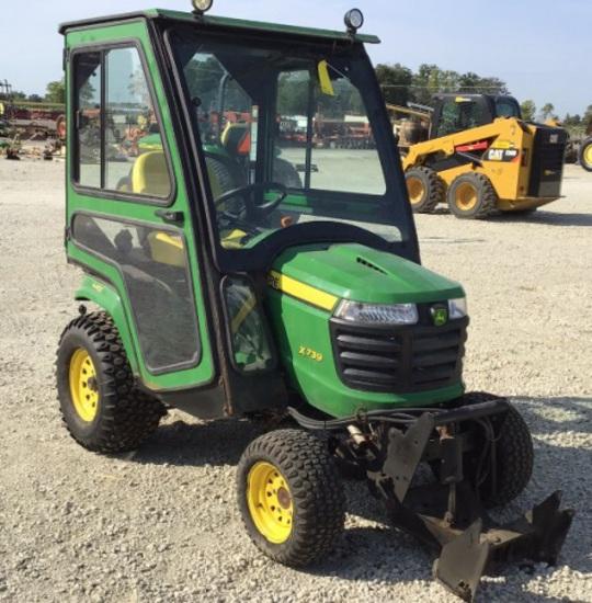 John Deere X739 Tractor