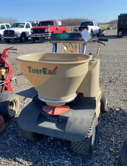 TurfEx RS7200 Ride on Spread and Spray