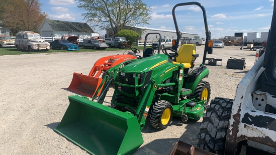 2018 John Deere 1025R Subcompact Tractor W Loader