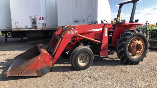 Massey-Ferguson 362 Tractor w/ Loader