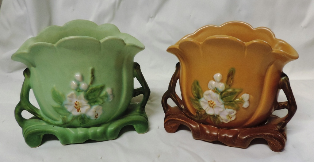 2 Original Weller Vases Auctions Online Proxibid
