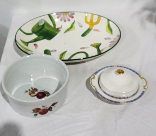 Lot of 3 Pieces of China Kitchenware
