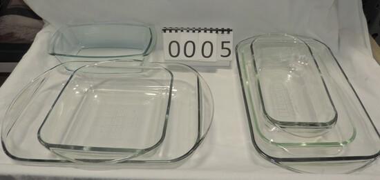 6 Piece Lot Glass Kitchen Bakeware