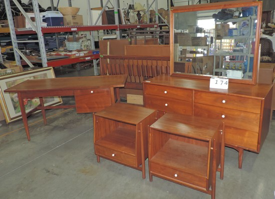 Online Only Auction for Clients of Wayforth (13)