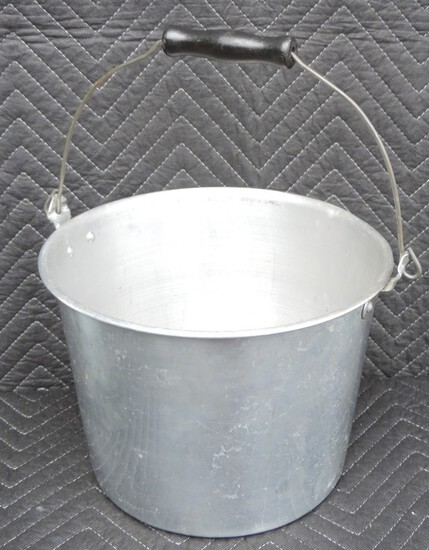 Vintage 1940's Tin Pail with Wood Handle