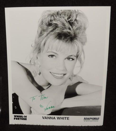 Autographed 8x10 Photo of Vanna White
