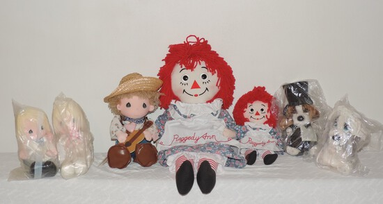 Lot of Precious Moments and Raggedy Ann Dolls