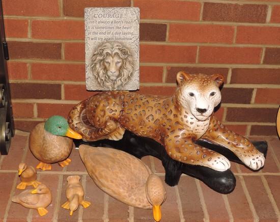 Lot of Vintage Ceramic Ducks and Tiger
