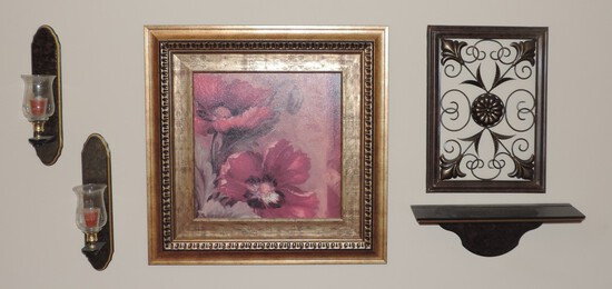 Lot of Decorative Wall Items