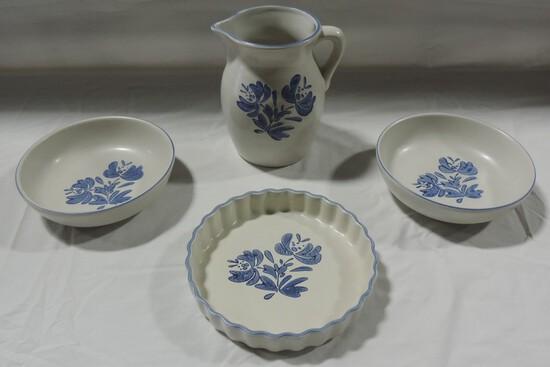 4 Pieces Pfaltzgraff Yorktowne Pattern Pottery