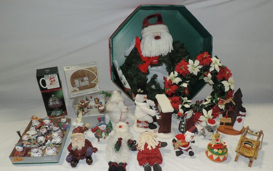 5 Lots Of Christmas Decorations