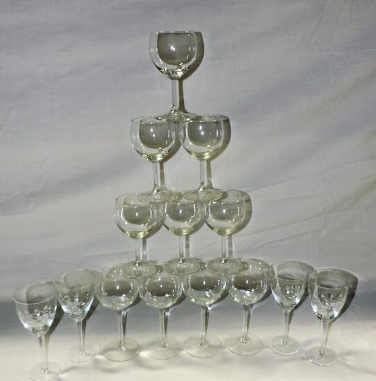 14 Pcs Crystal Stemware