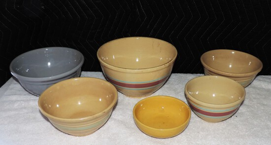 Lot of (6) Watt Pottery Bowls