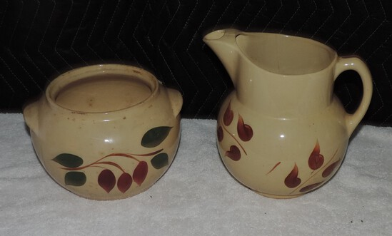 (2) Pieces of Watt Pottery