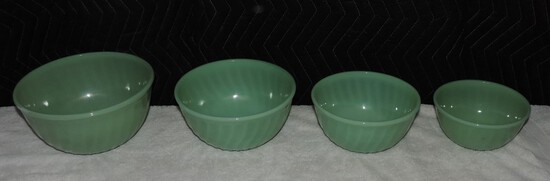 (4) Piece Fire king Jadeite Swirl  Bowl Set