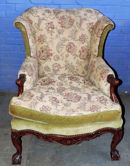 Antique Living Room Chair with Down Stuffing