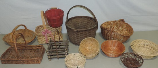 Large Grouping Of Vintage & Antique Baskets