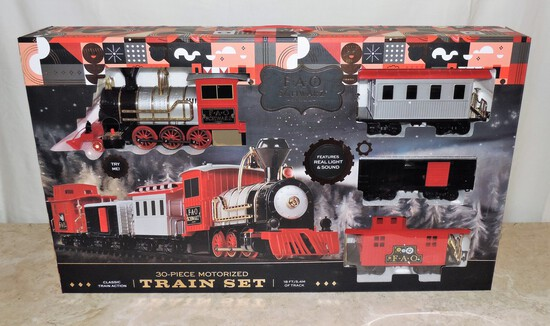 FAO  Swartz 30 Piece Motorized Train Set