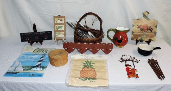 Lot of General Household Decorator Items