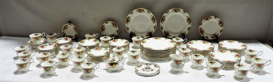80+ Piece Set Of Old Country Roses By Royal Albert