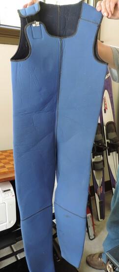 Hartway Men's L/XL Wet Suit