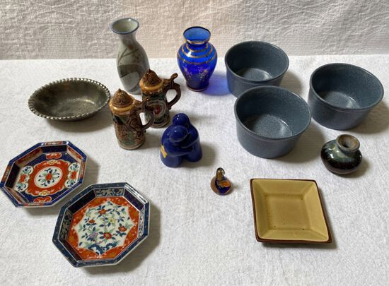 Lot of Vintage Small Pottery and Glassware
