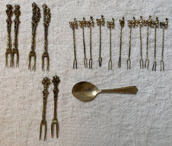 Lot of Fancy Hor D'Oeuvre Forks