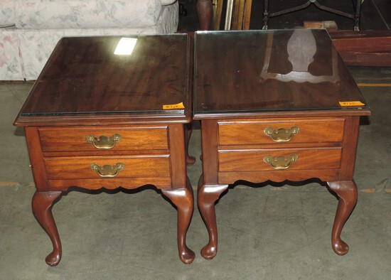 Pair Of Mahogany Hinkle Harris End Tables With Glass Tops
