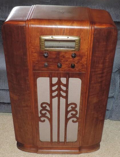 General Electric Floor Radio