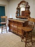 Pulaski Furniture Keepsake Collection Oak Bar with Mirror and Chairs