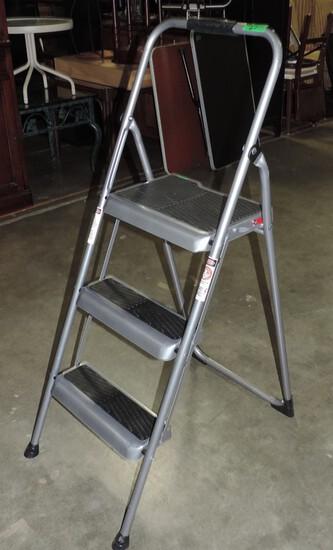 3 Ft Household Step Ladder