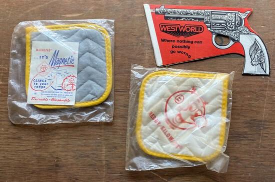 Reddy Kilowatt Cloth Pot Holders & Gun-Shaped Cardboard Advertisement