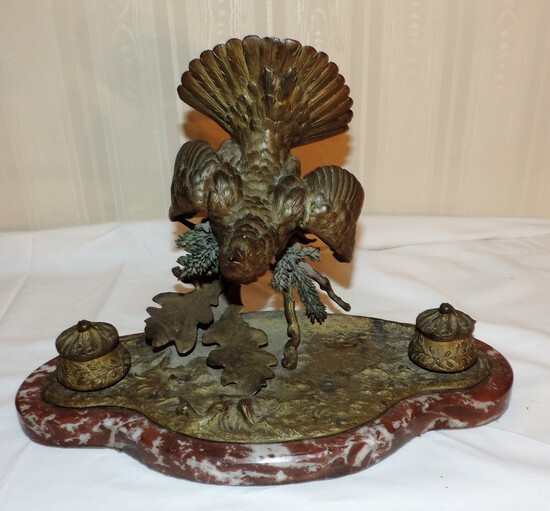 Victorian Bronze and Chocolate Marble Bird Ink Well