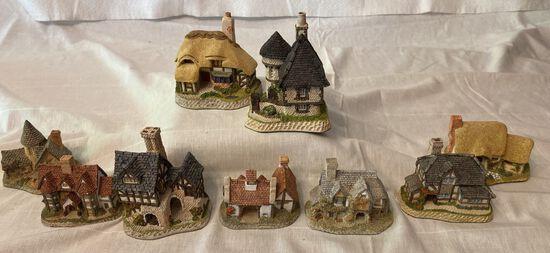 9 Pc Lot Of David Winter Houses