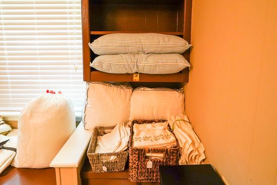 King & Queen Pillows & Pillow Cases