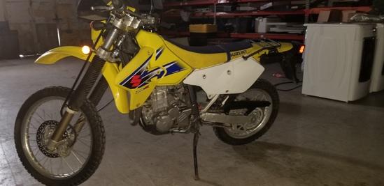 2006 Suzuki DRZ 400 Motorcycle (2k miles)